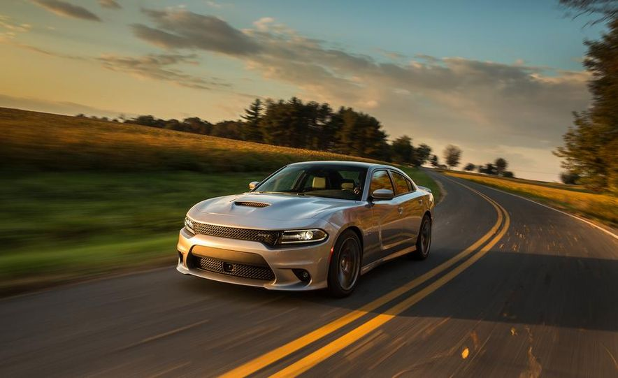 2015 Dodge Charger SRT - Slide 1
