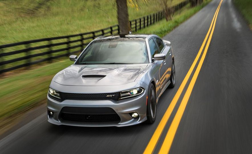 2015 Dodge Charger SRT - Slide 7