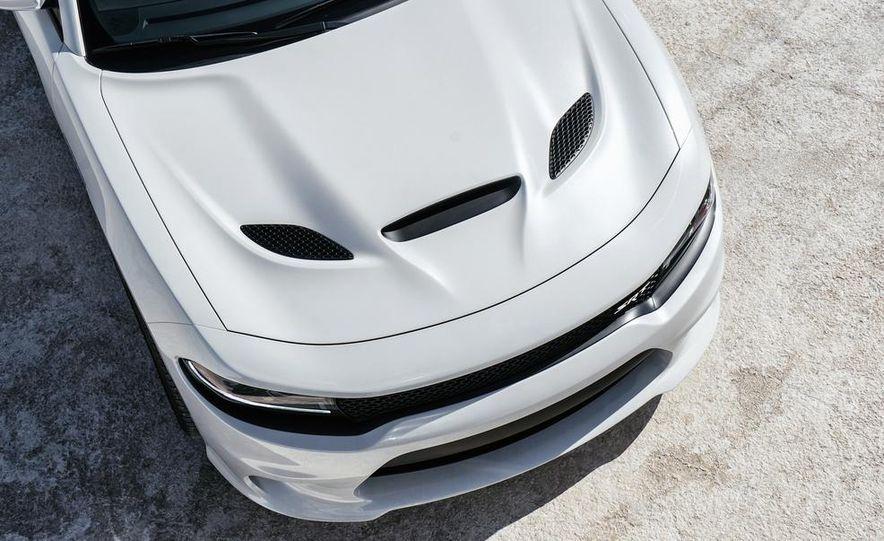 2015 Dodge Charger SRT Hellcats - Slide 108