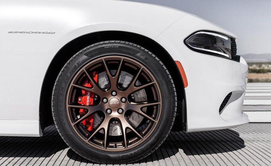2015 Dodge Charger SRT Hellcats - Slide 109