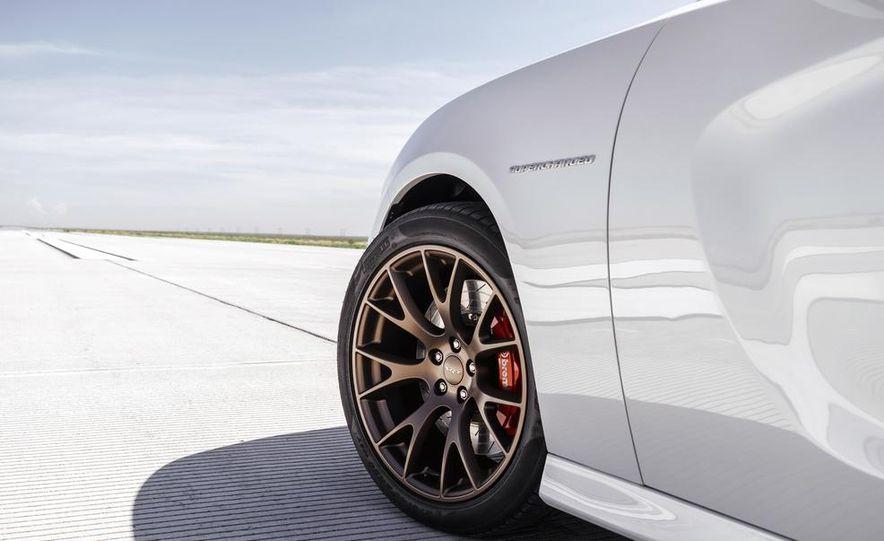 2015 Dodge Charger SRT Hellcats - Slide 110
