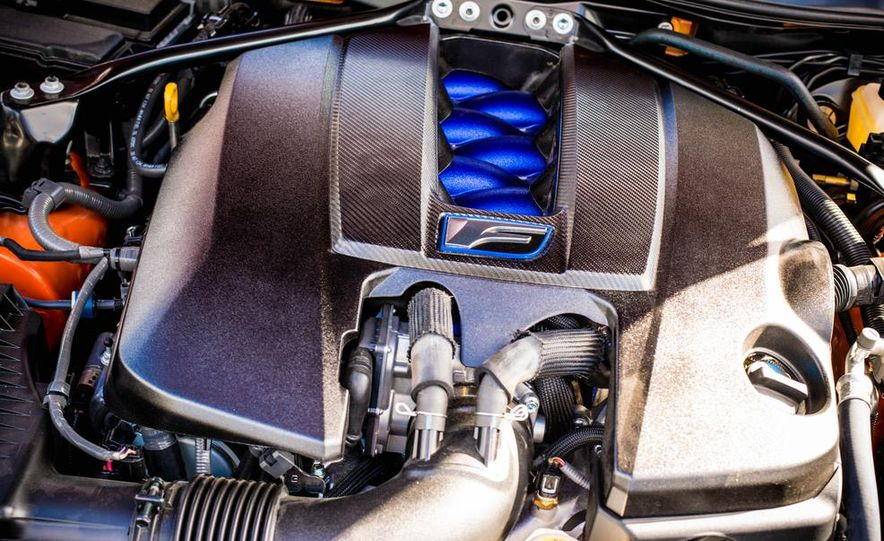 2015 Lexus RC F - Slide 33