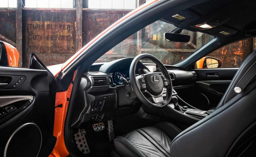 2015 Lexus RC F - Slide 24