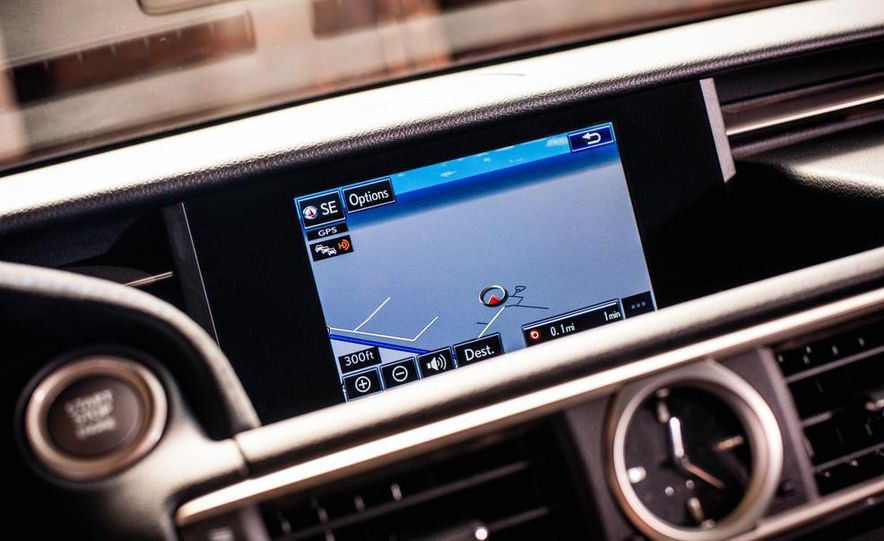 2015 Lexus RC F - Slide 31
