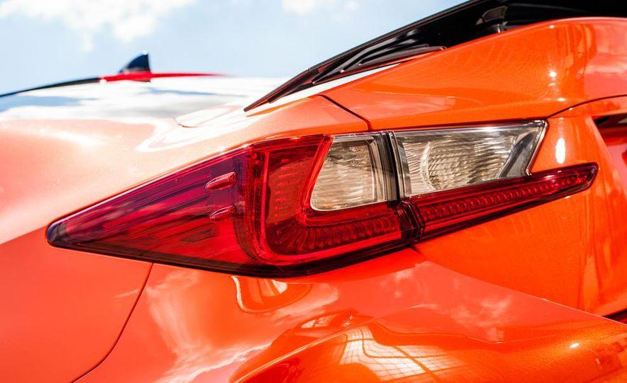 2015 Lexus RC F - Slide 22