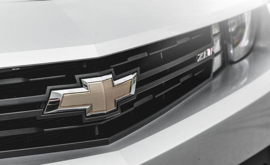 2015 Chevrolet Camaro ZL1 coupe - Slide 16