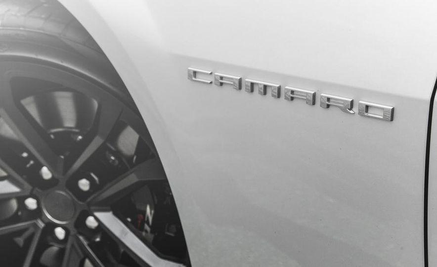 2015 Chevrolet Camaro ZL1 coupe - Slide 18