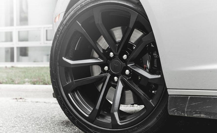 2015 Chevrolet Camaro ZL1 coupe - Slide 19