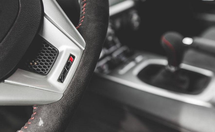 2015 Chevrolet Camaro ZL1 coupe - Slide 36