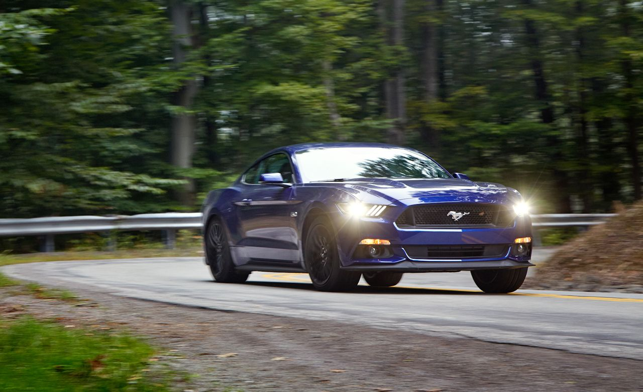 2015 Ford Mustang GT vs Chevrolet Camaro SS 1LE Dodge Challenger