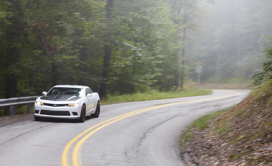 2015 Dodge Challenger R/T Scat Pack, 2015 Chevrolet Camaro SS 1LE, and 2015 Ford Mustang GT - Slide 47