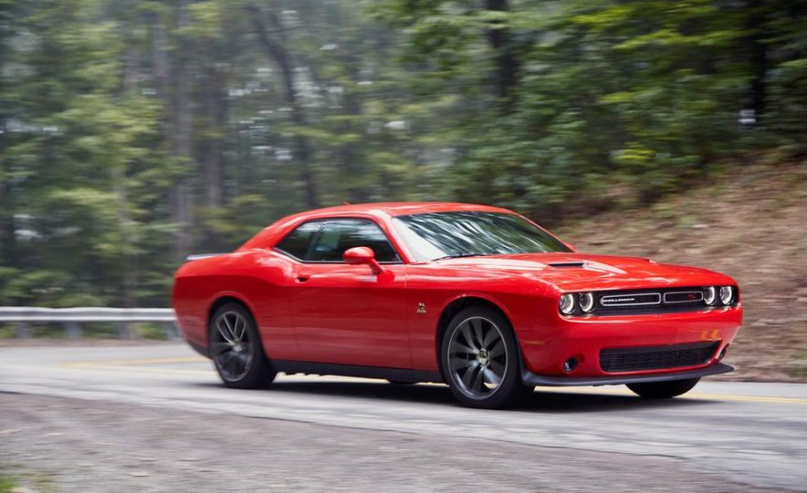2015 Dodge Challenger R/T Scat Pack, 2015 Chevrolet Camaro SS 1LE, and 2015 Ford Mustang GT - Slide 22