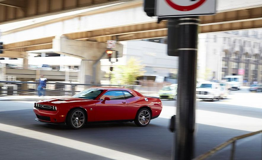 2015 Dodge Challenger R/T Scat Pack, 2015 Chevrolet Camaro SS 1LE, and 2015 Ford Mustang GT - Slide 27