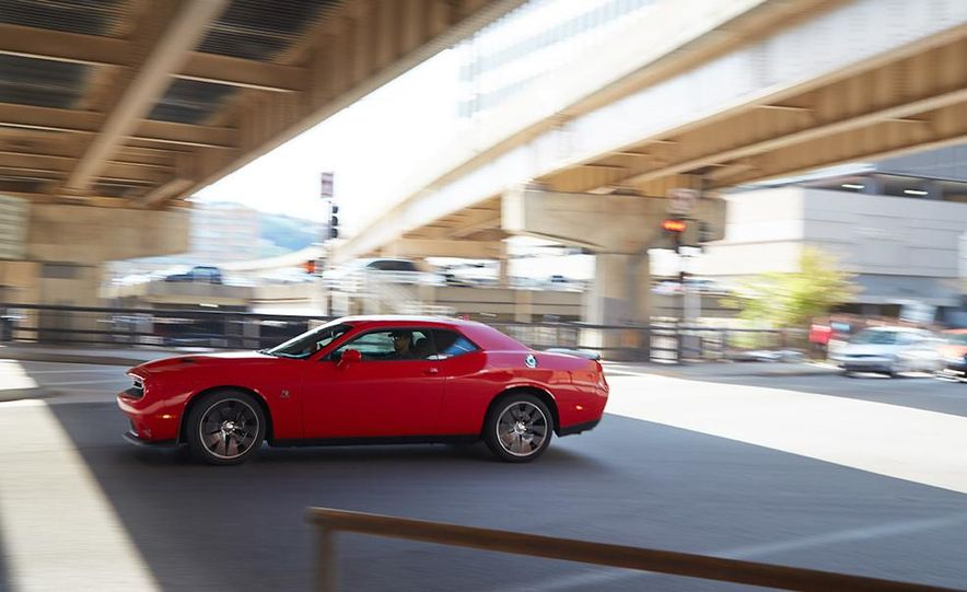2015 Dodge Challenger R/T Scat Pack, 2015 Chevrolet Camaro SS 1LE, and 2015 Ford Mustang GT - Slide 29