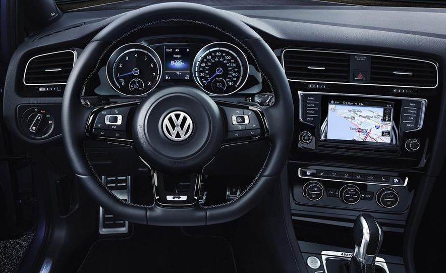 2016 Volkswagen Golf R - Slide 27