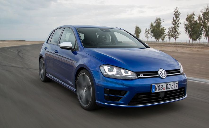 2016 Volkswagen Golf R - Slide 3