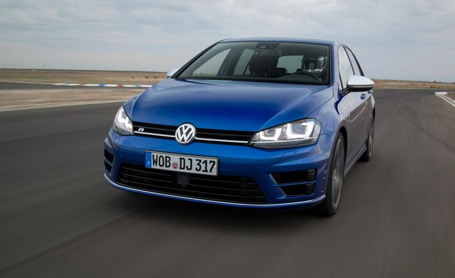 2016 Volkswagen Golf R - Slide 6