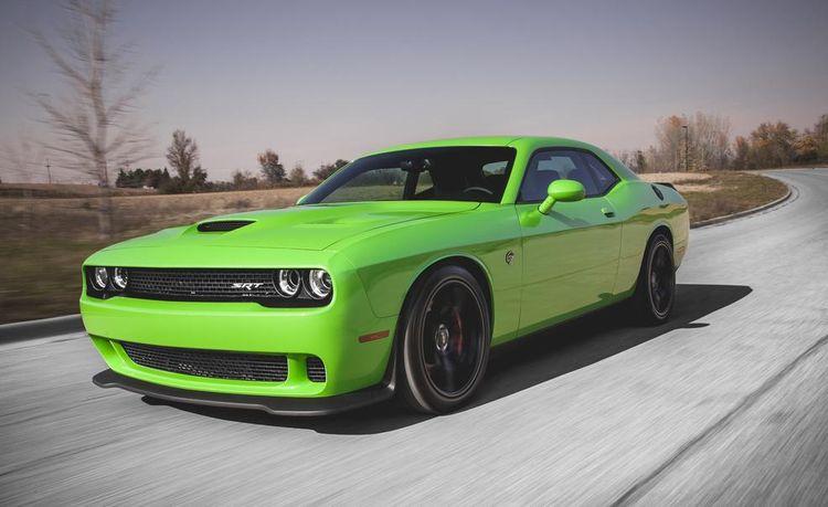 2015 Dodge Challenger SRT Hellcat Manual