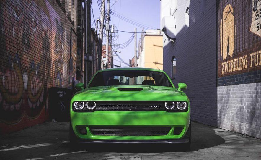 2015 Dodge Challenger SRT Hellcat - Slide 10