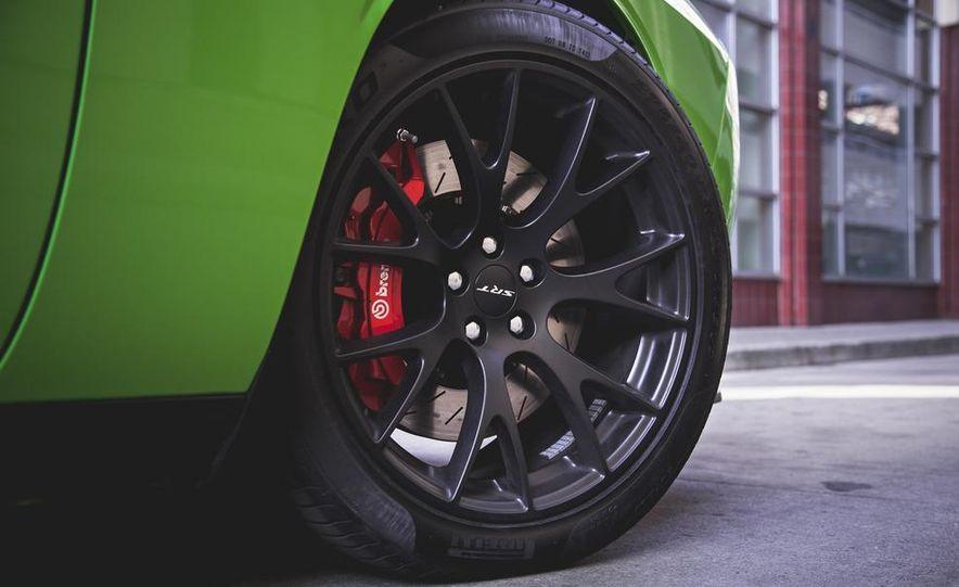 2015 Dodge Challenger SRT Hellcat - Slide 18