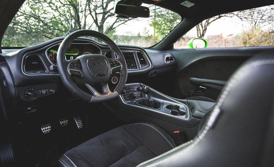 2015 Dodge Challenger SRT Hellcat - Slide 22