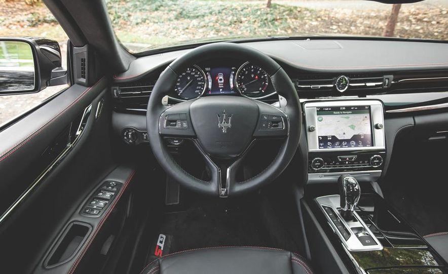2015 Maserati Quattroporte GTS - Slide 34