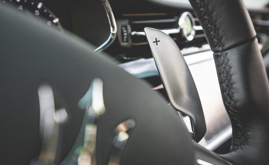 2015 Maserati Quattroporte GTS - Slide 41
