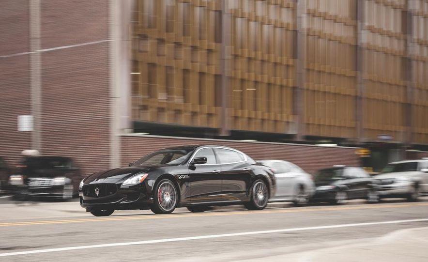2015 Maserati Quattroporte GTS - Slide 3