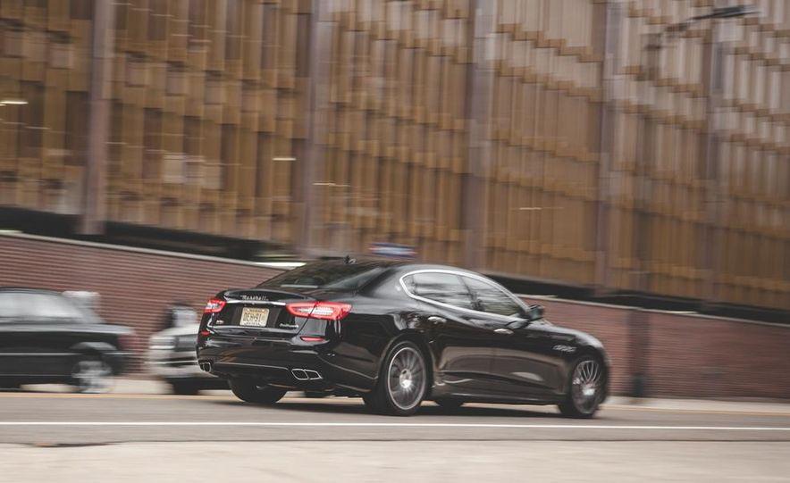2015 Maserati Quattroporte GTS - Slide 6