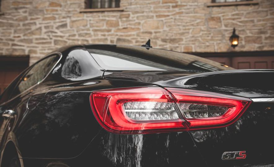2015 Maserati Quattroporte GTS - Slide 19