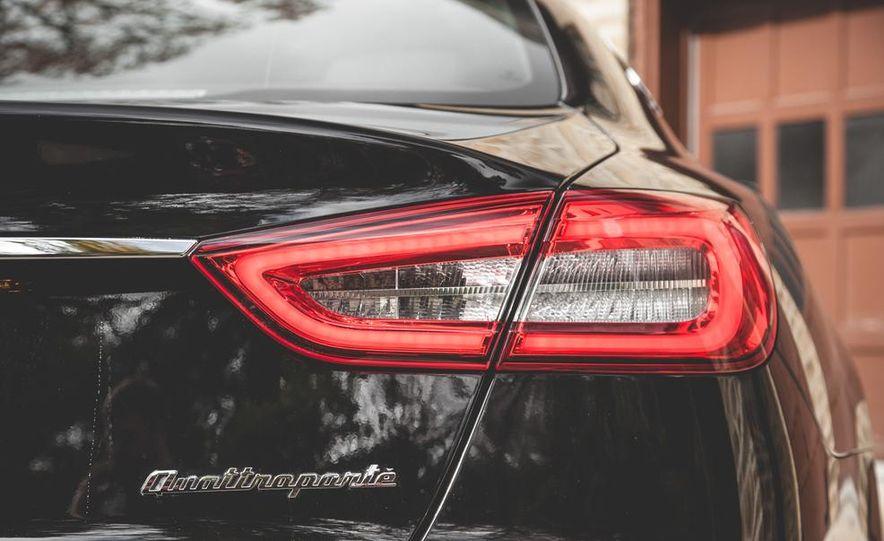 2015 Maserati Quattroporte GTS - Slide 21