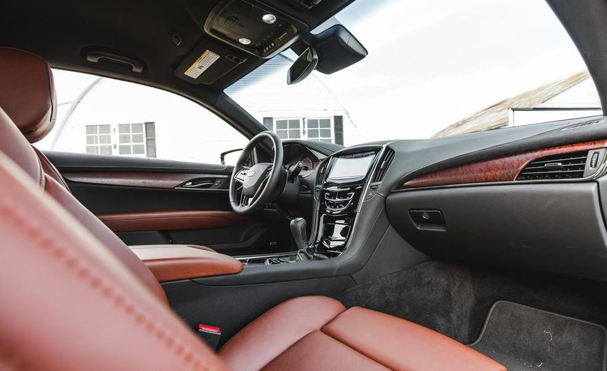 2015 Cadillac ATS coupe 2.0T - Slide 24