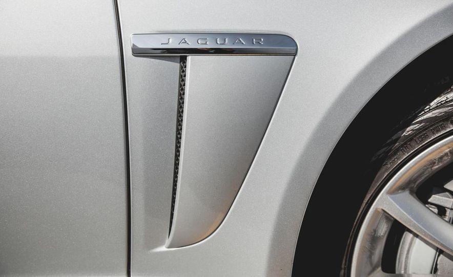 2015 Jaguar XF 3.0 AWD - Slide 18
