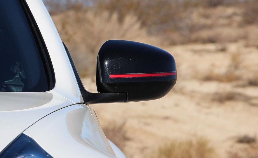 2015 Nissan 370Z NISMO Automatic - Slide 14