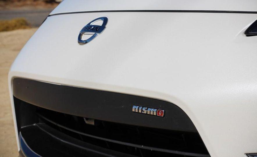 2015 Nissan 370Z NISMO Automatic - Slide 15
