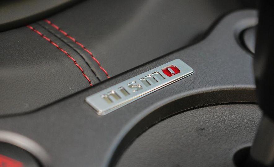 2015 Nissan 370Z NISMO Automatic - Slide 34