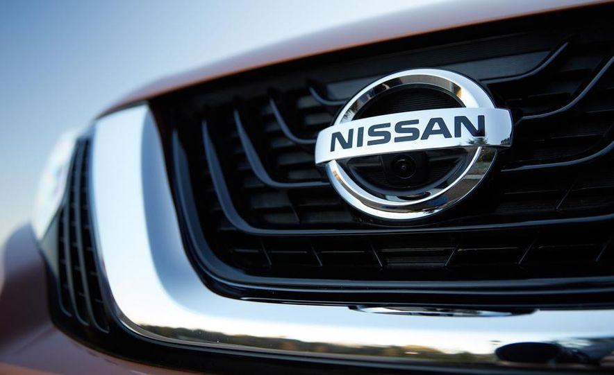 2015 Nissan Murano Platinum AWD - Slide 14