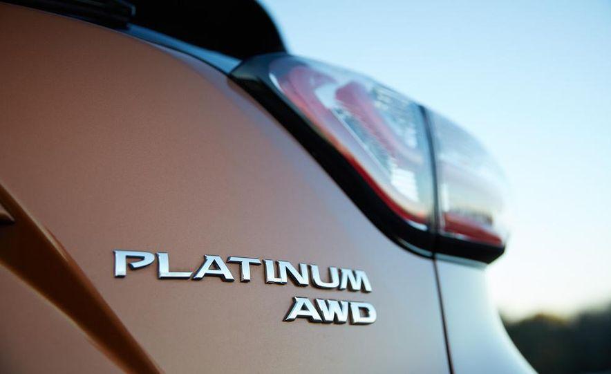 2015 Nissan Murano Platinum AWD - Slide 19