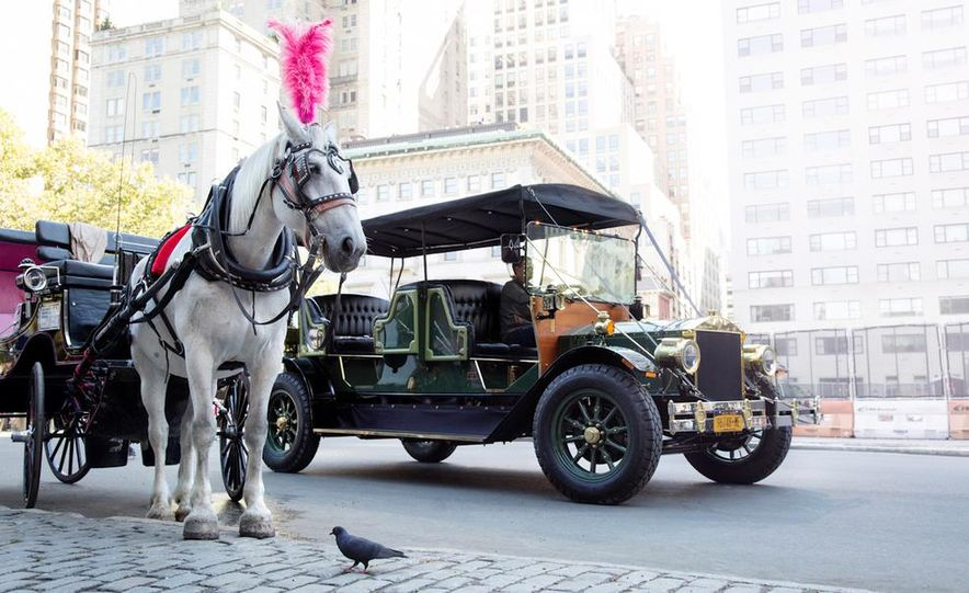 Can an Electric Car Really Replace Central Park's Horse-Drawn Carriages? - Slide 2