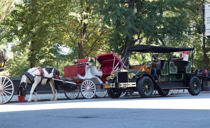 Can an Electric Car Really Replace Central Park's Horse-Drawn Carriages? - Slide 4
