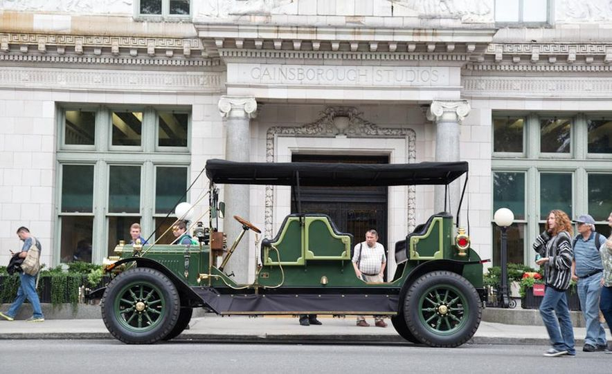 Can an Electric Car Really Replace Central Park's Horse-Drawn Carriages? - Slide 15
