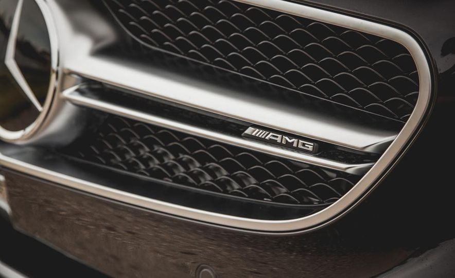 2015 Mercedes-Benz S63 AMG 4MATIC coupe - Slide 13