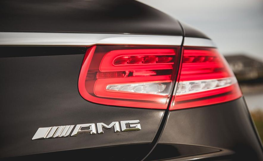 2015 Mercedes-Benz S63 AMG 4MATIC coupe - Slide 17