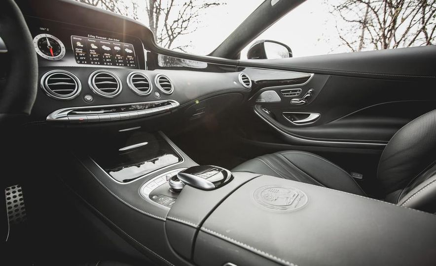 2015 Mercedes-Benz S63 AMG 4MATIC coupe - Slide 25