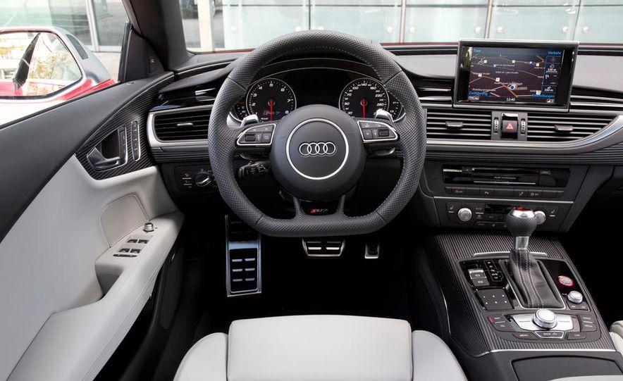 2016 Audi RS7 - Slide 23