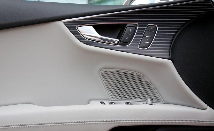 2016 Audi RS7 - Slide 24