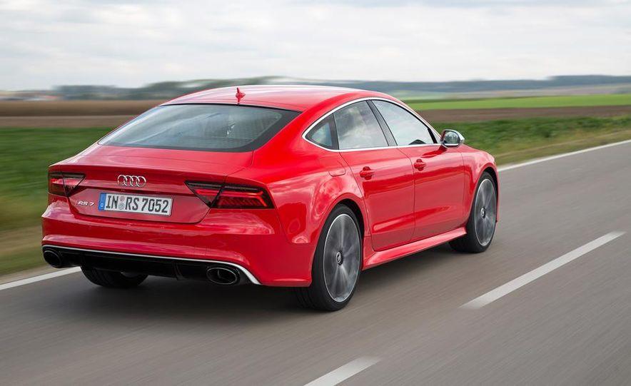 2016 Audi RS7 - Slide 13