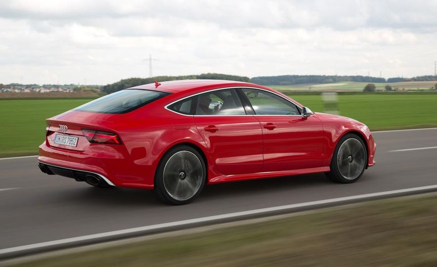 2016 Audi RS7 - Slide 14