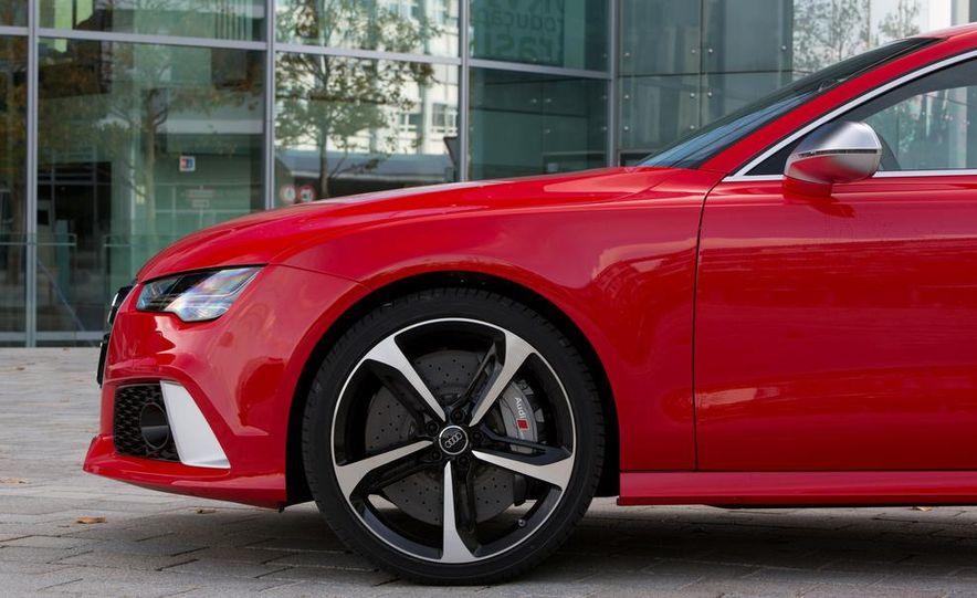 2016 Audi RS7 - Slide 18