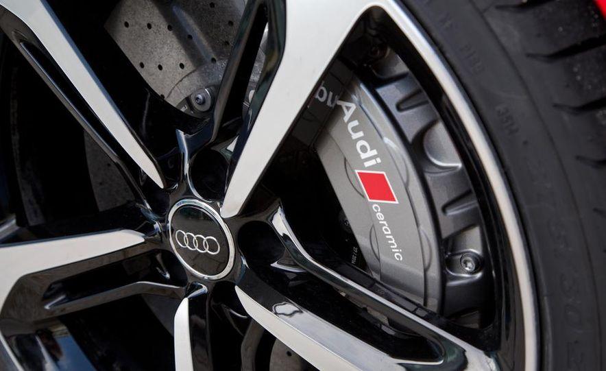 2016 Audi RS7 - Slide 19